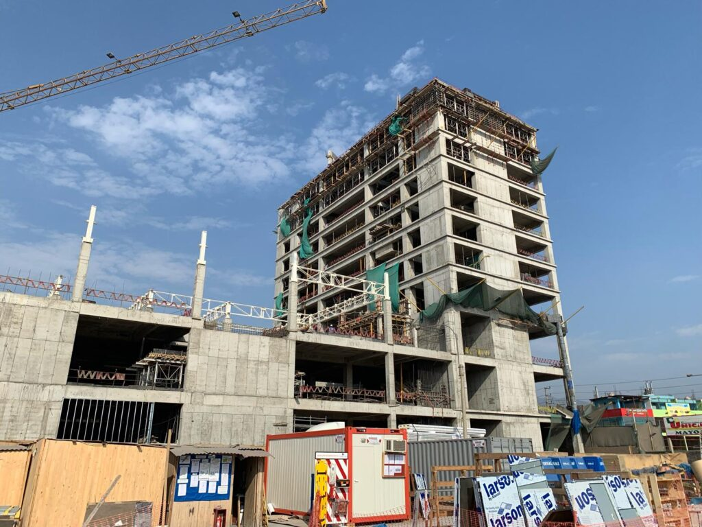 construcción mallplaza comas 1024x768 - Perú: Mira cómo está quedando el Mallplaza Comas   FOTOS