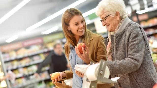 consumidores jovenes senior - España: El gran consumo se enfrenta a un nuevo desafío