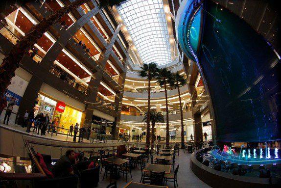 costanera center chile 2 - Centros comerciales impulsarán crecimiento de franquicias en Chile