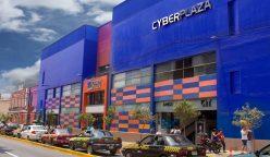 cyber-plaza-fachada-dia
