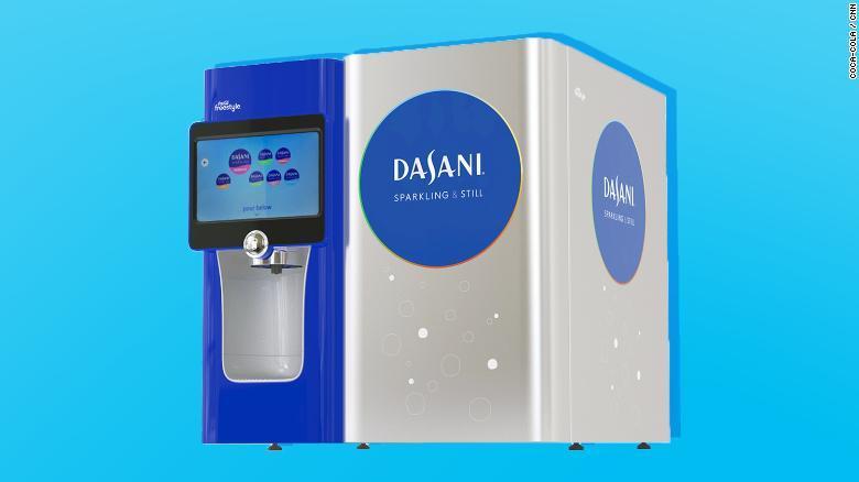 dasani foto - Coca Cola y Pepsi venderán agua en latas ante rechazo al plástico