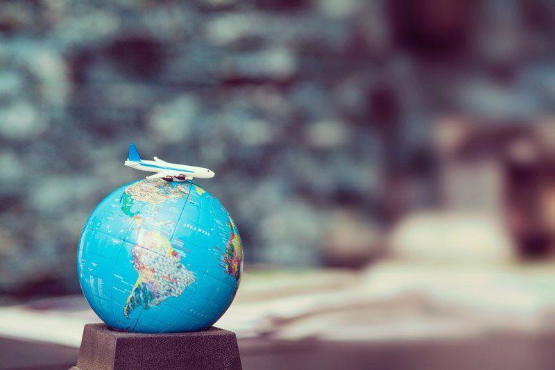 destino viaje perú retail - CyberDays: ¿Cuál es el perfil de los millennials y centennials viajeros?