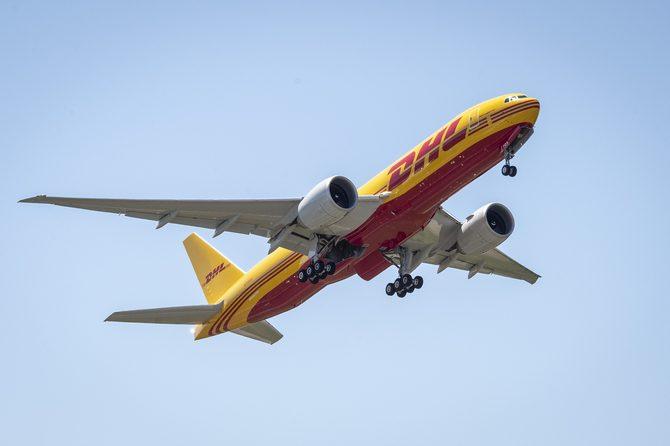 DHL 777