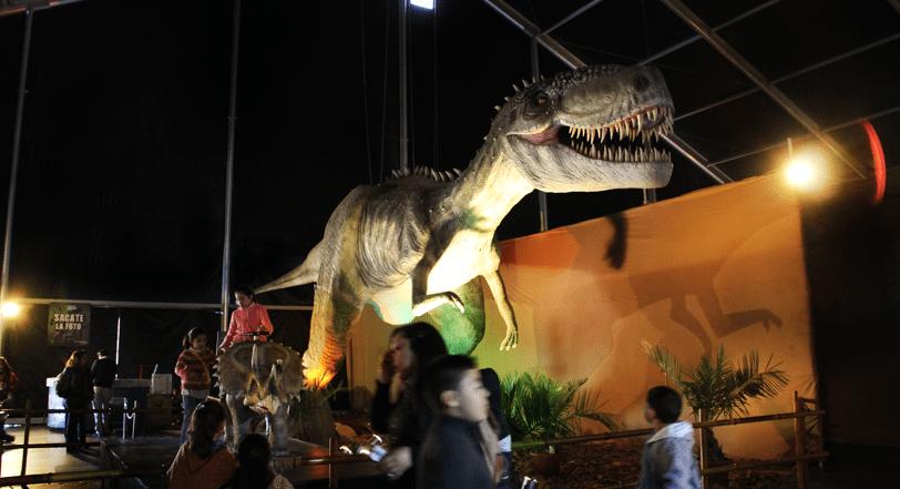 dinosaurios plaza norte (12)