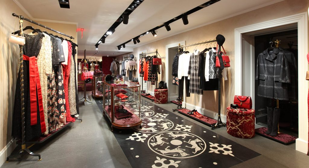dolce and gabbana 2 1024x556 - Dolce & Gabbana abrió su primer outlet en México