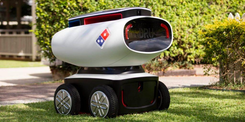 dominos 1 1024x512 - ¿Cómo utiliza Domino's Pizza la tecnología para atraer a los millennials?