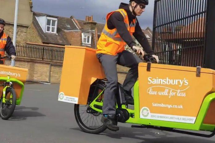 e cargo bike Sainsburys delivery SS 696x464 - Sainsbury's usa bicicletas para hacer delivery de pedidos en línea