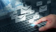 emails 240x140 - El e-mail supera a las redes sociales en ventas online en España