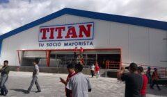 fachada de titán 240x140 - Ecuador: Conoce la tienda para mayoristas lanzada por Corporación Favorita