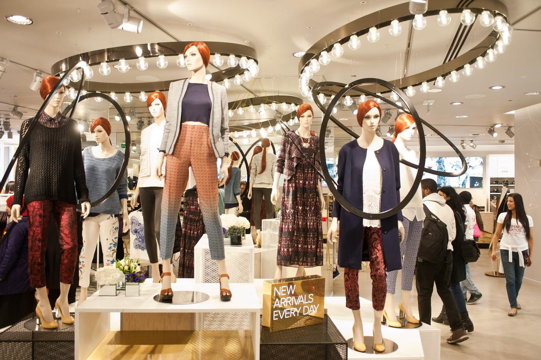 "fast fashion1 - ONU considera que la industria fast fashion es de ""emergencia medioambiental"""