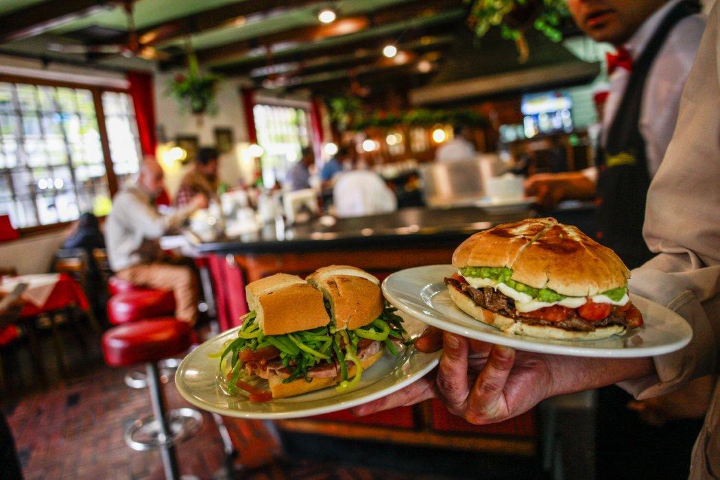 fast food1 - Cadenas de fast food están fortaleciéndose en el retail chileno