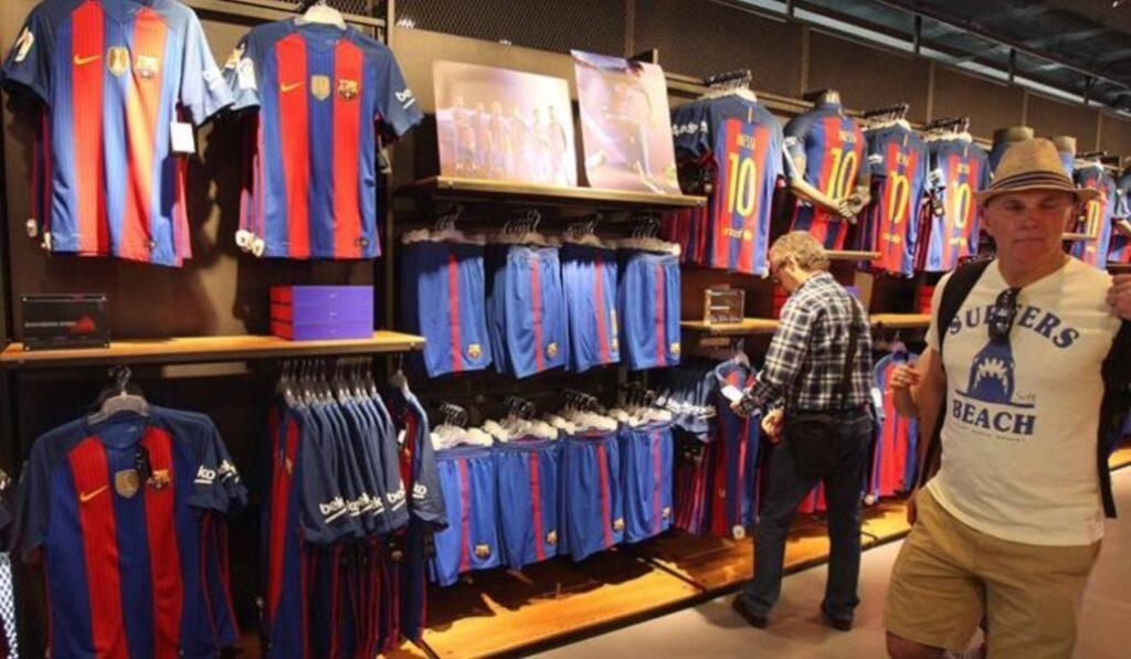fc barcelona 3 Perú Retail 1024x597 - El club español Barcelona abre dos 'pop up' en ciudades de Japón