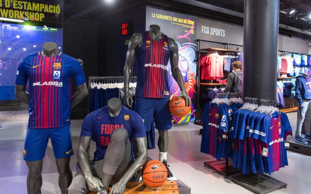 fc barcelona 5 Perú Retail 1024x640 - El club español Barcelona abre dos 'pop up' en ciudades de Japón