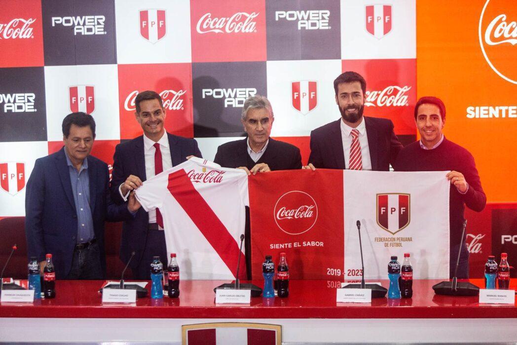 federación coca cola 2 Perú Retail - Coca Cola renueva contrato hasta el 2023 con la Federación Peruana de Fútbol