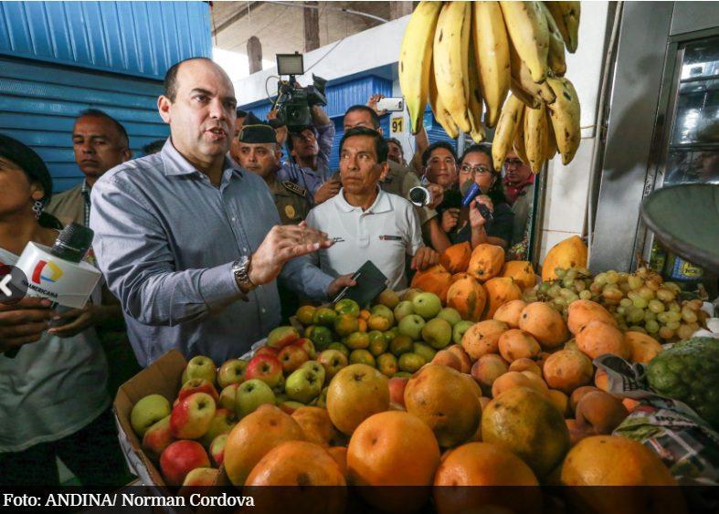 """fernando zavala pcm foto andina - """"Hay un abastecimiento normal en el Mercado Mayorista"""""""