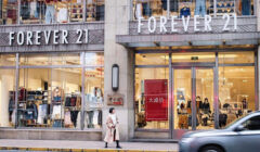 forever 21 china 240x140 - Forever 21 le dice adiós a China