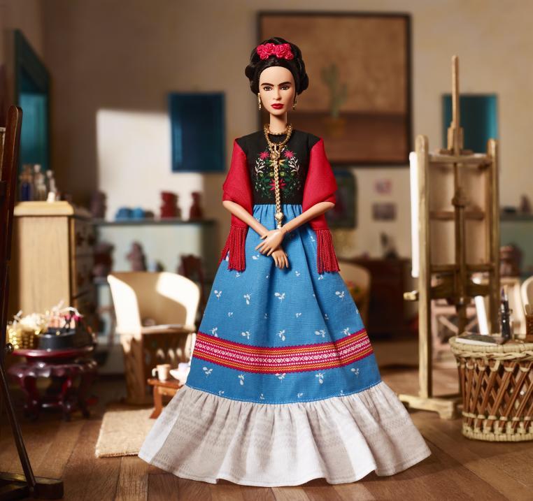 frida kahlo - Mattel presenta la nueva Barbie de Frida Kahlo por el Día de la Mujer
