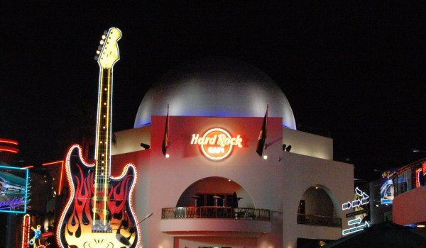 hard rock cafe 4