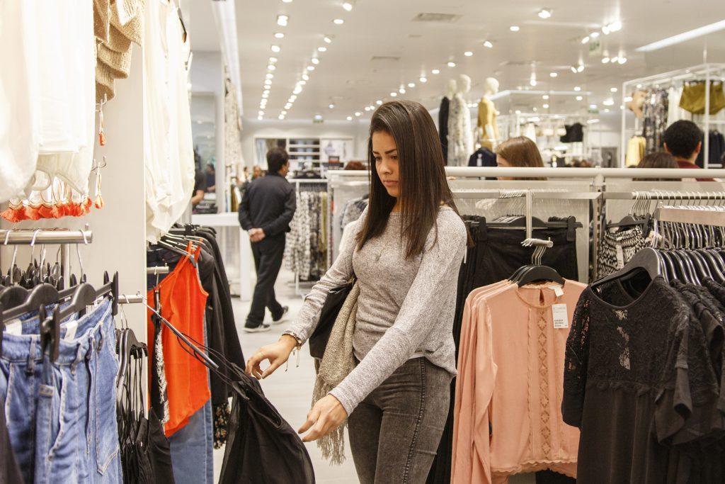 hm mall del sur 8 1024x683 - Adidas y la fast fashion H&M encabezan el uso de algodón sostenible en moda