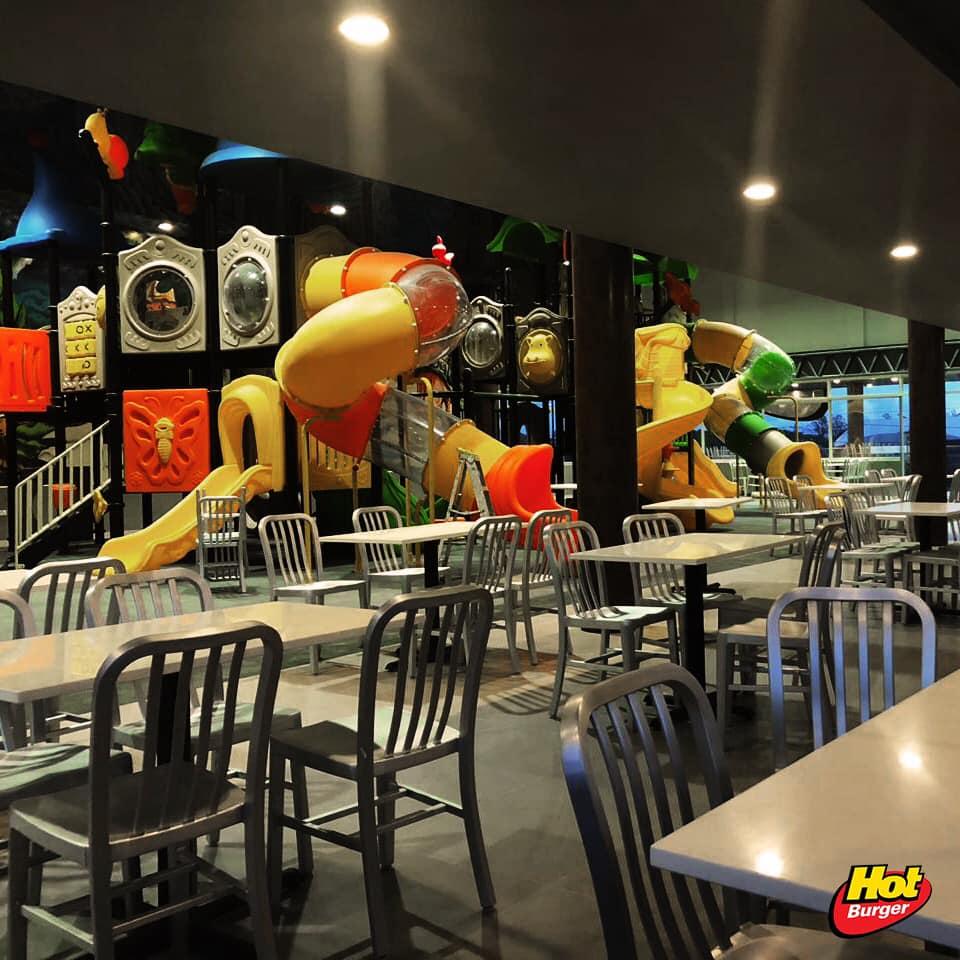 hot burger 2 - La cadena de fast food 'Hot Burger' sigue creciendo en Bolivia y ya suma 11 locales