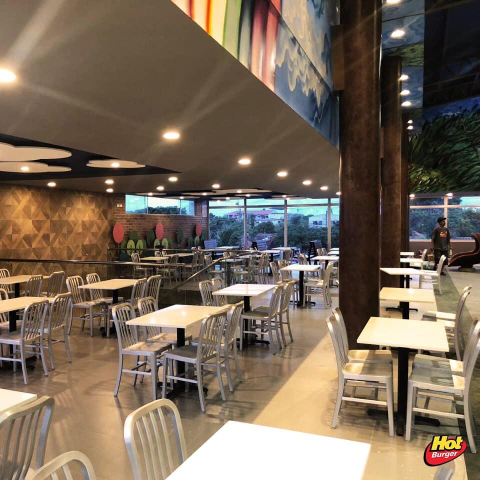 hot burger restaurante - La cadena de fast food 'Hot Burger' sigue creciendo en Bolivia y ya suma 11 locales