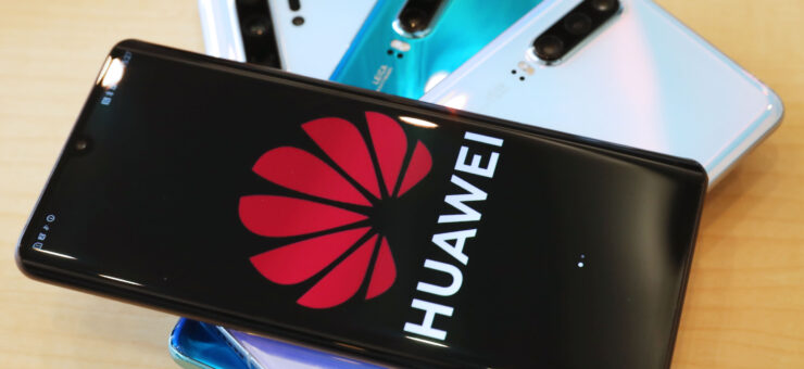 huawei perú retail 1 740x340 - [Reporte] A pesar del veto, Huawei incrementó sus ingresos en 24.4%