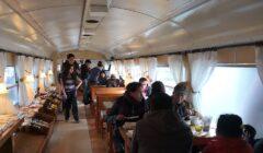 irupana cafetería 4 perú retail 240x140 - Bolivia: La cafetería que atiende en vagones de tren planea expandirse