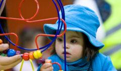 juegos niños 2 todos perú retail 240x140 - Jockey Plaza tendrá zona gratuita de juegos inclusivos para niños con habilidades especiales
