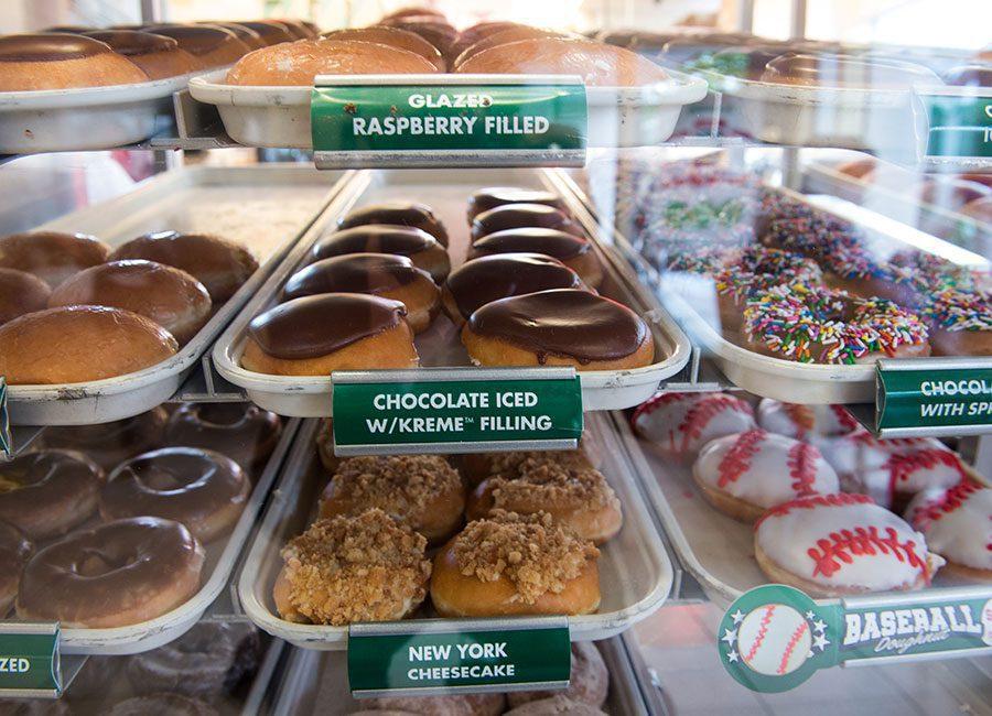 """krispy kreme doughnuts - Krispy Kreme celebra """"Día Internacional de la Dona"""" con promoción para sus clientes"""