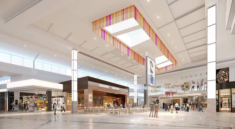 la plaza mall interior