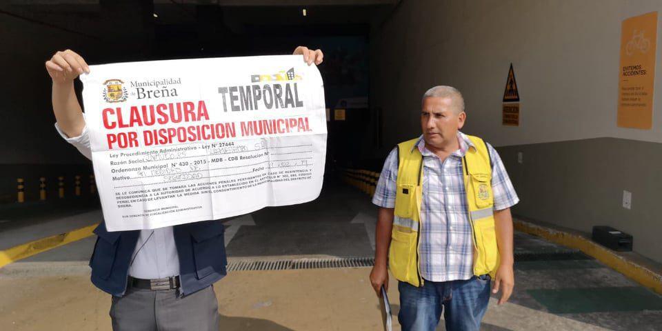 """la rambla clausurado - La Rambla de Brasil: Reabren centro comercial tras cierre temporal por """"medidas de seguridad"""""""