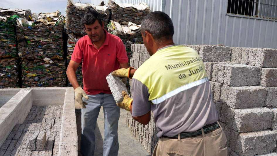 ladrillos de plástico en Junín - Perú Retail