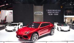 lambo 23018 orig 240x140 - Conozca la nueva SUV de Lamborghini
