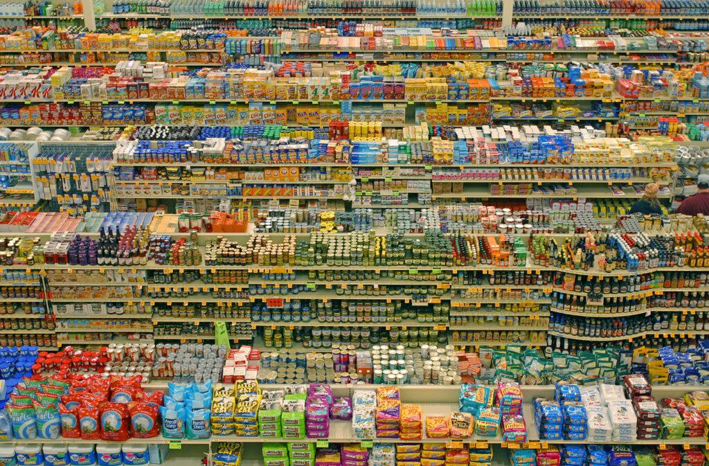 las industrias alimentarias están en crisis Perú Retail 1024x673 - Argentina: Cierran producción de chupetines y chocolates de Arcor