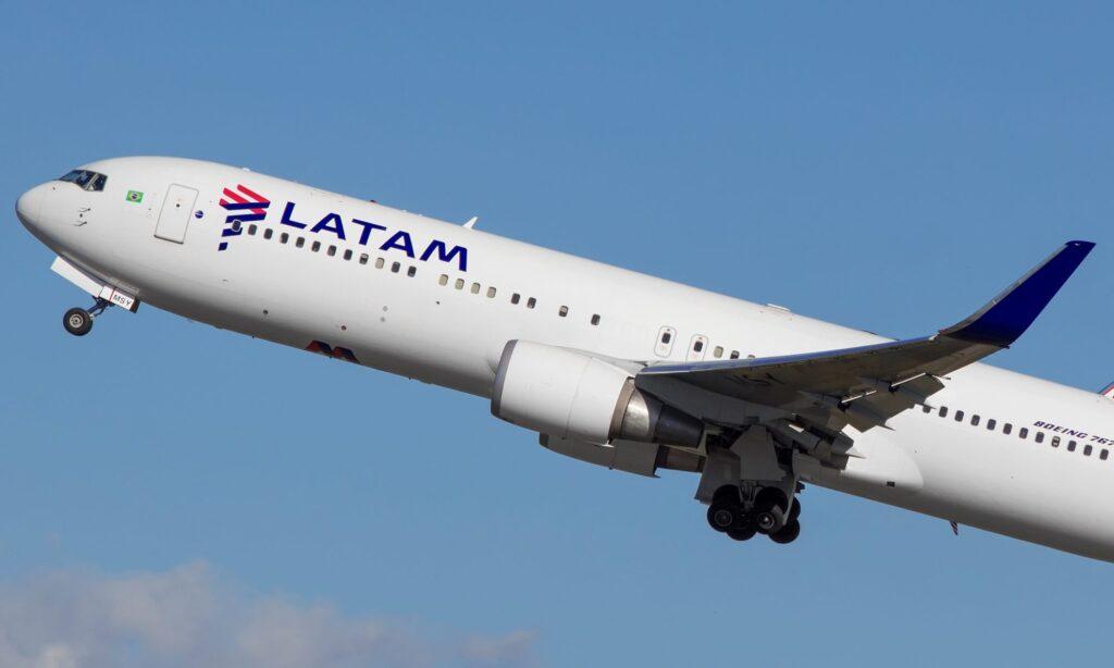 Latam airlines 2 - Perú Retail