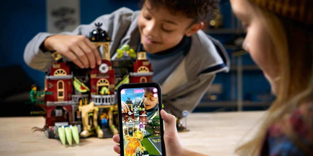 lego realidad aumentada perú retail 1024x512 - LEGO abrirá en Plaza San Miguel su tienda certificada más grande del Perú