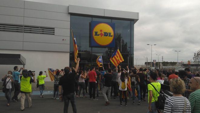 lidl cataluña - Grupo Volkswagen y Lidl evalúan su estadía en Cataluña ante posible independencia