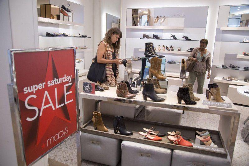 macys zapatos1 - Tras masivos cierres, Macy's alista nuevo formato para reflotar la marca