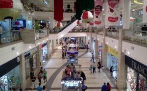 mall aventura plaza peru