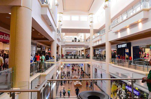mall-bay-plaza