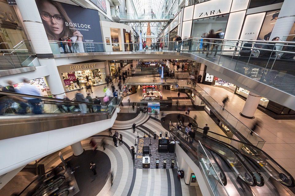 malls colombia retail
