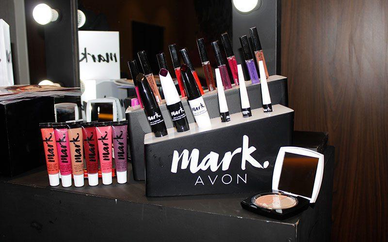mark avon 3 - Jan Zijderveld es el nuevo CEO de Avon