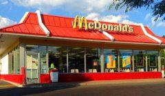 mcdonald 0 240x140 - McDonald's ganó 5.192 millones de dólares en 2017