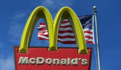 mcdonalds 240x140 - McDonald's logra ganancias por $1.395 millones en el segundo trimestre