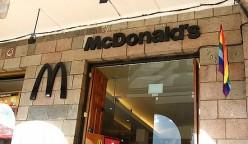 mcdonalds-cusco-style-peru-retail