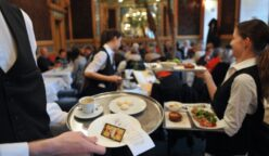 meseros Restaurants Unlimited 248x144 - ¿El factor principal en la quiebra de un restaurante es el salario mínimo?
