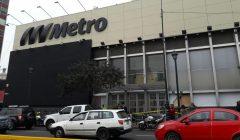 metro emancipación cuzco 240x140 - Delincuentes roban supermercado Metro del Centro de Lima