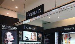 mom guerlain 22 240x140 - Mon Guerlain Florale, inspirado en la feminidad de Angelina Jolie