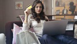 mujer tarjeta de credito pexels photo 919436 248x144 - El 31% de amas de casa no están bancarizadas en Perú