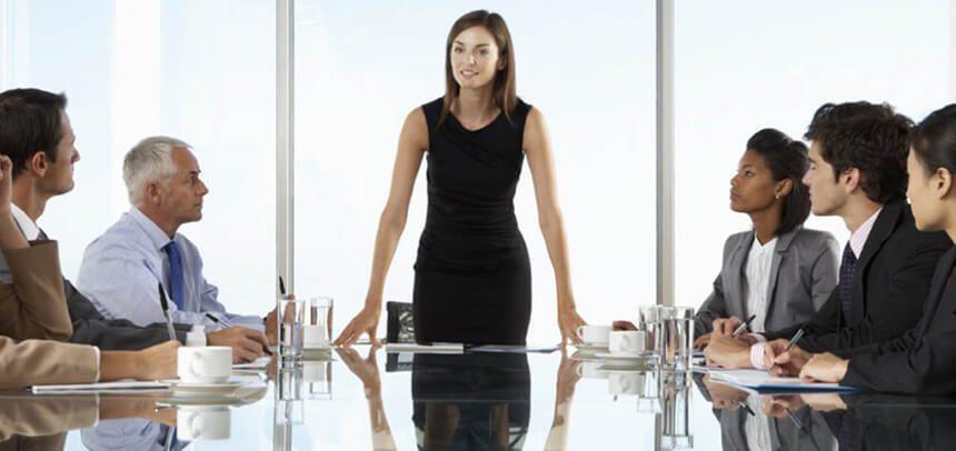 mujeres ejecutivas 2 - La mujer en el retail y por qué la transformación digital no es su amenaza